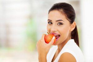 Curare l'ansia a tavola: quali alimenti scegliere?