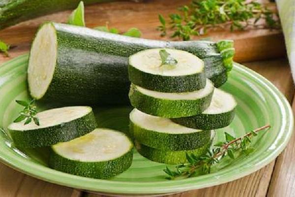 Zucchine ortaggi completi propriet e valori nutrizionali for Ortaggi estivi