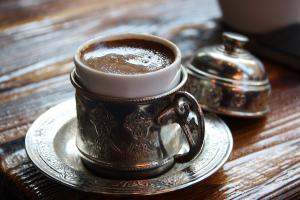 Il caffè non è solo una bevanda ma un momento di convivialità. I risultati di una nuova ricerca sono straordinari