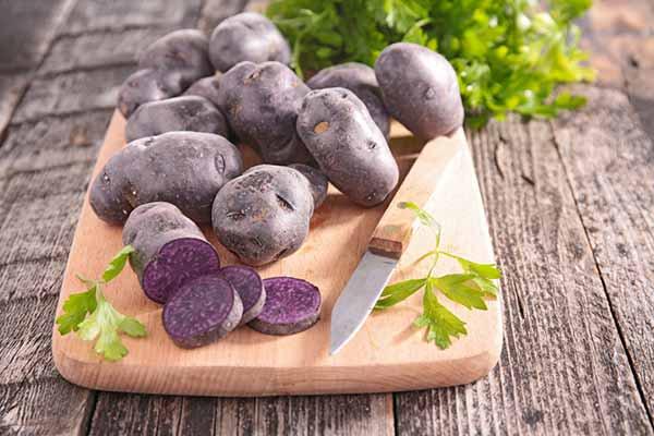 Patate viola, cosa sono? Benefici, proprietà e utilizzi in cucina