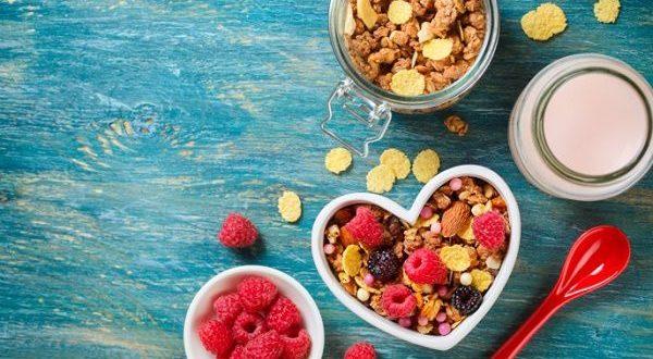 Prevenire i tumori a tavola, consigli per una dieta sana